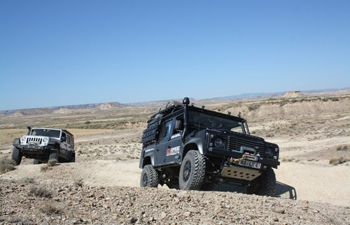 ENGAGE4X4 Offroad Tour Defender Umbau
